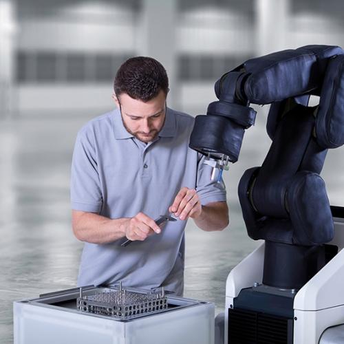 Bosch APAS Assistant collaborating robot